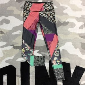 👖$23 IF BUNDLE. VSX patchwork pattern tights